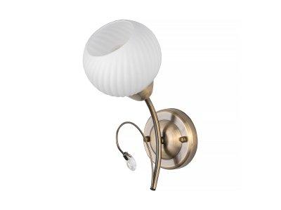 Светильник настенный бра Toplight TL3540B-01AB BerylКлассика<br>Бра TOPLIGHT серия Beryl артикул TL3540B-01AB, античная бронза, E14, 1x60 в идеале использовать со светодиодными лампами, которые помимо энергосбережения, помогут сохранить долгий срок службы светильника за счет незначительного нагрева ламп.<br><br>Тип товара: Светильник настенный бра<br>Тип цоколя: E14<br>Количество ламп: 1<br>Ширина, мм: 180<br>MAX мощность ламп, Вт: 60<br>Длина, мм: 260<br>Высота, мм: 120<br>Цвет арматуры: бронзовый