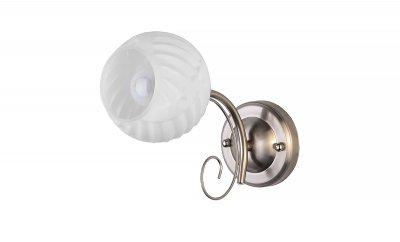 Светильник настенный бра Toplight TL3560B-01SN DanaКлассические<br>Бра TOPLIGHT серия Dana артикул TL3560B-01SN, матовый никель, E27, 1x60 в идеале использовать со светодиодными лампами, которые помимо энергосбережения, помогут сохранить долгий срок службы светильника за счет незначительного нагрева ламп.<br><br>Тип цоколя: E27<br>Цвет арматуры: серебристый<br>Количество ламп: 1<br>Ширина, мм: 180<br>Длина, мм: 260<br>Высота, мм: 120<br>MAX мощность ламп, Вт: 60