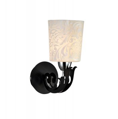 Светильник Maytoni TOC012-01-N Melvilсовременные бра модерн<br>Грамотно продуманная система освещения является залогом привлекательного интерьера. Поэтому при выборе настенного  бра  нужно быть очень внимательным. На фото представлен светильник Maytoni TOC012-01-N Melvil .  Черное  основание с хромом  украшено декоративным элементом , а на полуматовый плафон из стекла нанесен  рисунок трафаретным способом. Отдельно нужно купить 1 лампу с цоколем Е14,  она не входит в комплект.  Освещает светильник от Maytoni 2 м2. Цена бра  от Майтони достаточно демократична и позволяет сделать приобретение любому желающему. Для покупки устройства просто нажмите кнопку «добавить в корзину» или свяжитесь с нашими менеджерами.<br><br>S освещ. до, м2: 2<br>Тип лампы: накаливания / энергосбережения / LED-светодиодная<br>Тип цоколя: E14<br>Цвет арматуры: серебристый<br>Ширина, мм: 200<br>Глубина, мм: 200<br>Расстояние от стены, мм: 200<br>Высота, мм: 250<br>Поверхность арматуры: Матовая<br>Оттенок (цвет): черный<br>MAX мощность ламп, Вт: 40
