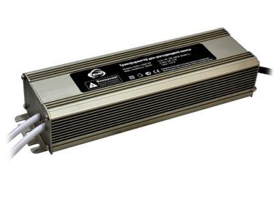 KGDY-150W Электростандарт Трансформатор для светодиодной лентыБлоки питания<br>В интернет-магазине «Светодом» можно купить не только люстры и светильники, но и лампочки. В нашем каталоге представлены светодиодные, галогенные, энергосберегающие модели и лампы накаливания. В ассортименте имеются изделия разной мощности, поэтому у нас Вы сможете приобрести все необходимое для освещения.   Лампа Электростандарт KGDY-150W обеспечит отличное качество освещения. При покупке ознакомьтесь с параметрами в разделе «Характеристики», чтобы не ошибиться в выборе. Там же указано, для каких осветительных приборов Вы можете использовать лампу Электростандарт KGDY-150WЭлектростандарт KGDY-150W.   Для оформления покупки воспользуйтесь «Корзиной». При наличии вопросов Вы можете позвонить нашим менеджерам по одному из контактных номеров. Мы доставляем заказы в Москву, Екатеринбург и другие города России.<br>