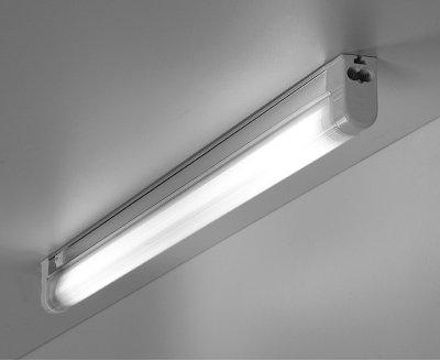 MX298B Y14 (без лампы) Электростандарт Люминесцентный светильникЛюминесцентные светильники с лампой Т5<br>Лампа: 14 Вт T5 белая Размер: 603x22x42мм Встроенный выключатель Упаковка: 25 шт.<br><br>Тип лампы: T5<br>Ширина, мм: 603<br>Длина, мм: 22<br>Высота, мм: 42