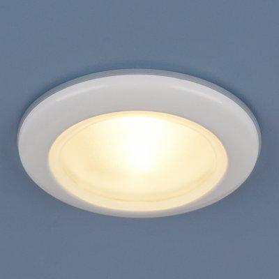 Влагозащищенный точечный светильник Elektrostandard 1080 MR16 WH белыйКруглые<br>Пылевлагозащенность: IP44 Лампа: MR16 G5.3 max 50 Вт Диаметр: ? 93 мм Высота внутренней части: ? 20 мм Высота внешней части: ? 12 мм Монтажное отверстие: ? 65 мм Гарантия: 2 года<br><br>S освещ. до, м2: 2<br>Тип цоколя: G5.3<br>MAX мощность ламп, Вт: 50<br>Диаметр, мм мм: 93<br>Диаметр врезного отверстия, мм: 65