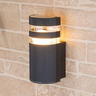 Techno 1444 черный Электростандарт Настенный уличный светильникуличные настенные светильники<br>Мощность: 60 Вт (max) Цоколь: Е27 Питание: 220 В, 50 Гц Степень пылевлагозащищенности: IР54 Температура эксплуатации: –45° ... +65° С Материал корпуса: алюминиевый сплав Материал плафона: стекло Размер: 200 х 105 х 100 мм<br><br>Тип лампы: Накаливания / энергосбережения / светодиодная<br>Тип цоколя: E27<br>Количество ламп: 1<br>MAX мощность ламп, Вт: 60