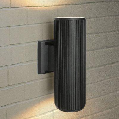 Techno 1403 черный Электростандарт Настенный уличный светильникУличные настенные светильники<br>Мощность: 2 x 60 Вт (max) Цоколь: Е27 Питание: 220 В, 50 Гц Степень пылевлагозащищенности: IР54 Температура эксплуатации: –45° ... +65° С Материал корпуса: алюминиевый сплав Материал плафона: стекло Размер: 260 х 155 х 90 мм<br><br>Тип лампы: Накаливания / энергосбережения / светодиодная<br>Тип цоколя: E27<br>Количество ламп: 2<br>MAX мощность ламп, Вт: 60