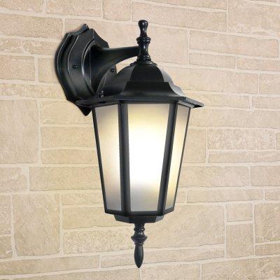 Светильник уличный настенный Elektrostandard GL 1004D черныйУличные настенные светильники<br>Размер: 360 х 210 х 150 мм Мощность: 100 Вт  Цоколь: Е27 Питание: 220-240 В / 50 Гц Пылевлагозащищенность: IР44 Температурный режим: –40° ... +50° С Срок службы: 10 лет Гарантийный срок: 36 месяцев<br><br>Тип лампы: Накаливания / энергосбережения / светодиодная<br>Тип цоколя: E27<br>Количество ламп: 1<br>MAX мощность ламп, Вт: 100