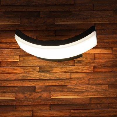 Настенный светильник Elektrostandard TECHNO 1672 LED черныйУличные настенные светильники<br>Мощность: 6 Вт Световой поток: 320 лм Пылевлагозащита: IP54 Срок службы светодиодов: 50 000 ч Гарантия: 3 года Свет: 4200 K белый Источник света: 72 светодиода SMD Питание 220 В, 50 Гц Рабочая температура: -20° ... +40° С Размеры: 275 х 112 x 82 мм<br><br>Цветовая t, К: 4200<br>Тип лампы: LED<br>MAX мощность ламп, Вт: 6