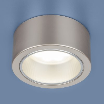 1070 GX53 GD шампань Электростандарт Накладной точечный светильникнакладные точечные светильники<br>Лампа: GX53, max 13 Вт* Размер: ? 135  х 60 мм Монтаж: накладной Гарантия: 2 года * Лампа в комплект не входит<br><br>S освещ. до, м2: 2<br>Тип цоколя: GX53<br>Диаметр, мм мм: 135<br>Высота, мм: 60