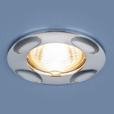 7008 MR16 SL серебро Электростандарт Точечный светильникКруглые<br>Лампа: MR16, max 50 Вт Диаметр: ? 95 мм Высота внутренней части: 24 мм Высота внешней части: 3 мм Монтажное отверстие: ? 65 мм Гарантия: 2 года<br><br>Тип цоколя: gu5.3<br>Диаметр, мм мм: 95<br>Диаметр врезного отверстия, мм: 60<br>MAX мощность ламп, Вт: 50