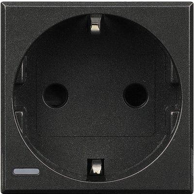 Legrand Bticino Axolute HS4141 Антрацит Розетка с/з c защитными шторками, винт. зажим, возможность индикации, 2 модВставки Антрацит<br>Технические характеристики<br>Механизм: розетка с заземлением и защитными шторками.<br>Цвет: антрацит.Модульность: 2.Номинальное напряжение: <br>250 В.Сила тока: 10/16 А.Дополнительная информация:<br><br>Розетка немецкого стандарта с боковыми <br>заземляющими<br>контактами Schuko, с экранированными контактами. Винтовой зажим, <br>возможность индикации.<br><br>Оттенок (цвет): черный