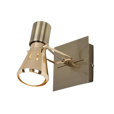 Светильник поворотный спот Citilux CL527513 Марсодиночные споты<br>Светильники-споты – это оригинальные изделия с современным дизайном. Они позволяют не ограничивать свою фантазию при выборе освещения для интерьера. Такие модели обеспечивают достаточно качественный свет. Благодаря компактным размерам Вы можете использовать несколько спотов для одного помещения. <br>Интернет-магазин «Светодом» предлагает необычный светильник-спот Citilux CL527513 по привлекательной цене. Эта модель станет отличным дополнением к люстре, выполненной в том же стиле. Перед оформлением заказа изучите характеристики изделия. <br>Купить светильник-спот Citilux CL527513 в нашем онлайн-магазине Вы можете либо с помощью формы на сайте, либо по указанным выше телефонам. Обратите внимание, что у нас склады не только в Москве и Екатеринбурге, но и других городах России.