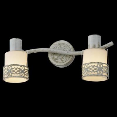 Светильник Евросвет 20025/2 белый с золотомДвойные<br>Светильники-споты – это оригинальные изделия с современным дизайном. Они позволяют не ограничивать свою фантазию при выборе освещения для интерьера. Такие модели обеспечивают достаточно качественный свет. Благодаря компактным размерам Вы можете использовать несколько спотов для одного помещения. <br>Интернет-магазин «Светодом» предлагает необычный светильник-спот Евросвет 20025/2 по привлекательной цене. Эта модель станет отличным дополнением к люстре, выполненной в том же стиле. Перед оформлением заказа изучите характеристики изделия. <br>Купить светильник-спот Евросвет 20025/2 в нашем онлайн-магазине Вы можете либо с помощью формы на сайте, либо по указанным выше телефонам. Обратите внимание, что у нас склады не только в Москве и Екатеринбурге, но и других городах России.<br><br>S освещ. до, м2: 4<br>Тип лампы: накаливания / энергосберегающая / светодиодная<br>Тип цоколя: E14<br>Цвет арматуры: белый<br>Количество ламп: 2<br>Ширина, мм: 350<br>Длина, мм: 160<br>Высота, мм: 170<br>MAX мощность ламп, Вт: 40<br>Общая мощность, Вт: 80