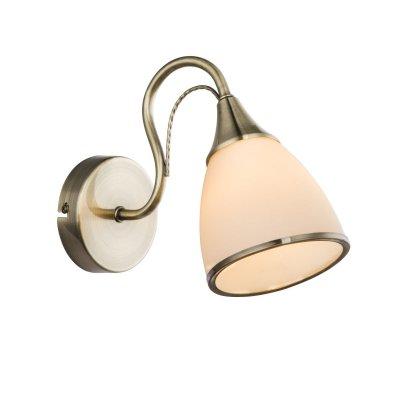 Светильник настенный бра Globo 54706wОжидается<br><br><br>Тип цоколя: E14<br>Цвет арматуры: бронза<br>Количество ламп: 1<br>MAX мощность ламп, Вт: 60