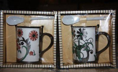 12327 Кружка керамическая c ложкой в подарочной упаковкеПодарки и сувениры<br><br>