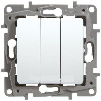 Legrand Etika Бел Выключатель 3-клавишный, 10А, авт. клем. 672213Legrand Etika<br><br><br>Оттенок (цвет): Белый