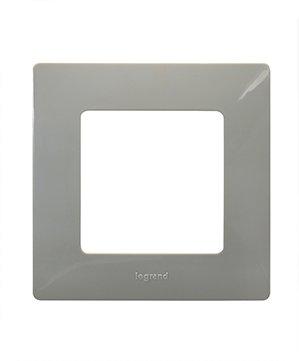 Legrand Etika Светлая Галька Рамка 5-ая 672525Legrand Etika<br><br><br>Оттенок (цвет): серый