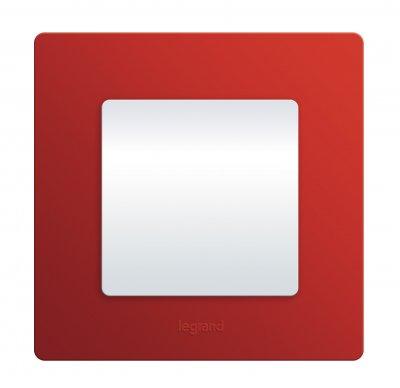 Legrand Etika Красный Рамка 5-ая 672535Legrand Etika<br><br><br>Оттенок (цвет): Красный