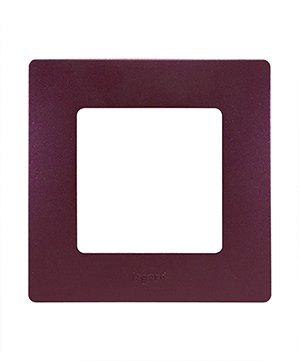 Legrand Etika Сливовый Рамка 4-ая 672564Legrand Etika<br><br><br>Оттенок (цвет): фиолетовый