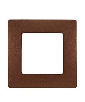 Legrand Etika Какао Рамка 5-ая 672575Legrand Etika<br><br><br>Оттенок (цвет): коричневый