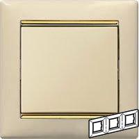 Legrand Valena Крем/Золото Рамка 3-ая горизонт.Бежевый<br><br><br>Оттенок (цвет): бежевый