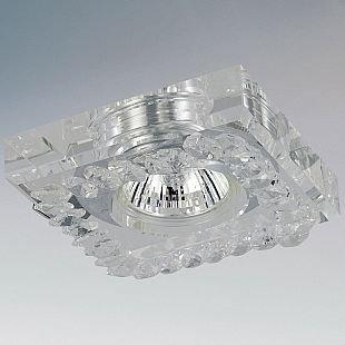 Lightstar ROSA 2051 СветильникХрустальные<br>Встраиваемые светильники – популярное осветительное оборудование, которое можно использовать в качестве основного источника или в дополнение к люстре. Они позволяют создать нужную атмосферу атмосферу и привнести в интерьер уют и комфорт.   Интернет-магазин «Светодом» предлагает стильный встраиваемый светильник Lightstar 2051. Данная модель достаточно универсальна, поэтому подойдет практически под любой интерьер. Перед покупкой не забудьте ознакомиться с техническими параметрами, чтобы узнать тип цоколя, площадь освещения и другие важные характеристики.   Приобрести встраиваемый светильник Lightstar 2051 в нашем онлайн-магазине Вы можете либо с помощью «Корзины», либо по контактным номерам. Мы развозим заказы по Москве, Екатеринбургу и остальным российским городам.<br><br>Тип лампы: галогенная/LED<br>Тип цоколя: MR16 / G5,3 / GU10<br>Количество ламп: 1<br>MAX мощность ламп, Вт: 50<br>Размеры: W 100x100 H 30 Диаметр врезного отверстия 50 мм Высота встраиваемой части 40 мм<br>Цвет арматуры: серебристый