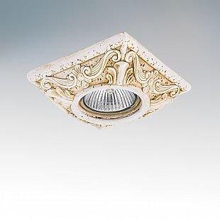Lightstar FENICIA 2641 СветильникКвадратные<br>Встраиваемые светильники – популярное осветительное оборудование, которое можно использовать в качестве основного источника или в дополнение к люстре. Они позволяют создать нужную атмосферу атмосферу и привнести в интерьер уют и комфорт.   Интернет-магазин «Светодом» предлагает стильный встраиваемый светильник Lightstar 2641. Данная модель достаточно универсальна, поэтому подойдет практически под любой интерьер. Перед покупкой не забудьте ознакомиться с техническими параметрами, чтобы узнать тип цоколя, площадь освещения и другие важные характеристики.   Приобрести встраиваемый светильник Lightstar 2641 в нашем онлайн-магазине Вы можете либо с помощью «Корзины», либо по контактным номерам. Мы развозим заказы по Москве, Екатеринбургу и остальным российским городам.<br><br>Тип цоколя: gu5.3/GU10<br>Количество ламп: 1<br>Размеры: W 100x100 H 28 Диаметр врезного отверстия 56 Высота встраиваемой части 60<br>MAX мощность ламп, Вт: 50W
