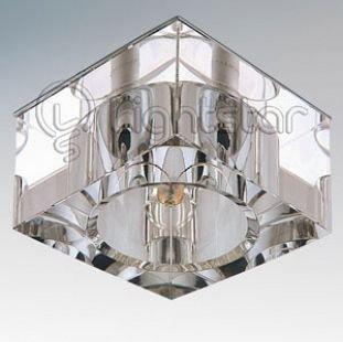 Lightstar QUBE 4050 СветильникХрустальные<br>Встраиваемые светильники – популярное осветительное оборудование, которое можно использовать в качестве основного источника или в дополнение к люстре. Они позволяют создать нужную атмосферу атмосферу и привнести в интерьер уют и комфорт.   Интернет-магазин «Светодом» предлагает стильный встраиваемый светильник Lightstar 4050. Данная модель достаточно универсальна, поэтому подойдет практически под любой интерьер. Перед покупкой не забудьте ознакомиться с техническими параметрами, чтобы узнать тип цоколя, площадь освещения и другие важные характеристики.   Приобрести встраиваемый светильник Lightstar 4050 в нашем онлайн-магазине Вы можете либо с помощью «Корзины», либо по контактным номерам. Мы развозим заказы по Москве, Екатеринбургу и остальным российским городам.<br><br>Тип цоколя: 12В/220В G4<br>Цвет арматуры: серебристый<br>Количество ламп: 1<br>Размеры: Диаметр вырезного отверстия<br>MAX мощность ламп, Вт: 35