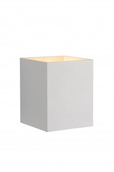 Светильник Lucide 23253/01/31Бра хай тек стиля<br><br><br>Тип лампы: галогенная/LED<br>Тип цоколя: G9<br>Количество ламп: 1<br>Ширина, мм: 82<br>Длина, мм: 100<br>Высота, мм: 100<br>MAX мощность ламп, Вт: 25