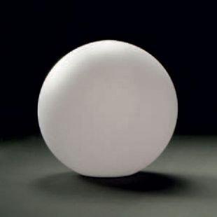 Светильник Mantra 1389 EXTERIORВ виде шара<br>Настольная лампа – это не просто источник дополнительного освещения, но и оригинальный элемент декора. Его можно установить в спальне, гостиной, кабинете и других комнатах. Интернет-магазин «Светодом» предлагает настольные лампы разных стилей по доступным ценам. Благодаря большому ассортименту Вы обязательно найдете в нашем каталоге именно ту модель, которую искали.   Настольная лампа Mantra 1389 – прекрасный вариант для завершения интерьера. Ее можно включить одновременно с люстрой для более яркого освещения или без нее для создания уютной атмосферы, настраивающей на отдых.   Купить настольную лампу Mantra 1389 Вы можете с помощью виртуальной «Корзины» или по контактным номерам, указанным на сайте.<br><br>Тип лампы: накал-я - энергосбер-я<br>Тип цоколя: E27<br>Количество ламп: 1<br>Диаметр, мм мм: 350<br>Размеры: D 350 H 350<br>MAX мощность ламп, Вт: 13W