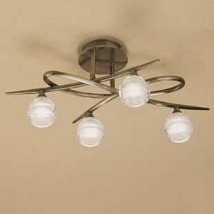 Люстра Mantra 1823 LOOPснятые с производства светильники<br><br><br>Тип лампы: галогенная<br>Тип цоколя: G9<br>Цвет арматуры: бронзовый античный<br>Количество ламп: 4<br>Ширина, мм: 335<br>Размеры: L 520  W 335  H 220<br>Длина, мм: 520<br>Высота, мм: 220<br>MAX мощность ламп, Вт: 33W
