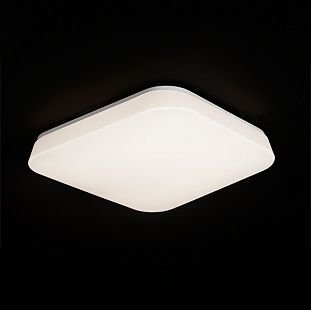 Светильник Mantra 3765 Quatroквадратные светильники<br>Настенно-потолочные светильники – это универсальные осветительные варианты, которые подходят для вертикального и горизонтального монтажа. В интернет-магазине «Светодом» Вы можете приобрести подобные модели по выгодной стоимости. В нашем каталоге представлены как бюджетные варианты, так и эксклюзивные изделия от производителей, которые уже давно заслужили доверие дизайнеров и простых покупателей.  Настенно-потолочный светильник Mantra 3765 станет прекрасным дополнением к основному освещению. Благодаря качественному исполнению и применению современных технологий при производстве эта модель будет радовать Вас своим привлекательным внешним видом долгое время. Приобрести настенно-потолочный светильник Mantra 3765 можно, находясь в любой точке России.<br><br>S освещ. до, м2: 11<br>Тип лампы: LED - светодиодная<br>Тип цоколя: LED 28W<br>Цвет арматуры: белый<br>Количество ламп: 1<br>Ширина, мм: 500<br>Размеры: L 500 W 500 H 105<br>Длина, мм: 500<br>Высота, мм: 105<br>Оттенок (цвет): белый