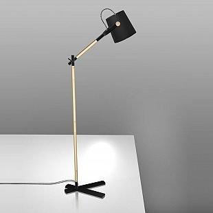 Торшер Mantra 4921 NORDICAсовременные торшеры<br>Настольная лампа – это не просто источник дополнительного освещения, но и оригинальный элемент декора. Его можно установить в спальне, гостиной, кабинете и других комнатах. Интернет-магазин «Светодом» предлагает настольные лампы разных стилей по доступным ценам. Благодаря большому ассортименту Вы обязательно найдете в нашем каталоге именно ту модель, которую искали. <br> Настольная лампа Mantra 4921 – прекрасный вариант для завершения интерьера. Ее можно включить одновременно с люстрой для более яркого освещения или без нее для создания уютной атмосферы, настраивающей на отдых. <br> Купить настольную лампу Mantra 4921 Вы можете с помощью виртуальной «Корзины» или по контактным номерам, указанным на сайте.<br><br>Тип цоколя: E27<br>Цвет арматуры: черный / деревянный<br>Количество ламп: 1<br>Размеры: H1300 L246 W600<br>MAX мощность ламп, Вт: 23W