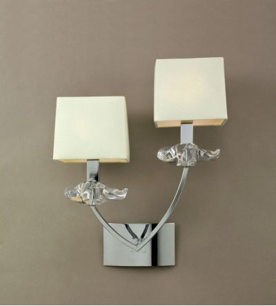 Светильник Mantra 937 AKIRAклассические бра<br><br><br>S освещ. до, м2: 5<br>Тип лампы: накаливания / энергосбережения / LED-светодиодная<br>Тип цоколя: E14<br>Цвет арматуры: серебристый хром<br>Количество ламп: 2<br>Ширина, мм: 170<br>Размеры: W 290 H 370 Выступ<br>Длина, мм: 290<br>Высота, мм: 370<br>Оттенок (цвет): кремовый<br>MAX мощность ламп, Вт: 40