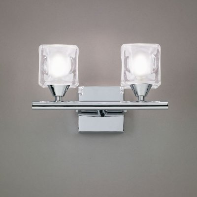 Светильник Mantra 953 CUADRAXхрустальные бра<br><br><br>S освещ. до, м2: 5<br>Тип лампы: галогенная / LED-светодиодная<br>Тип цоколя: G9<br>Цвет арматуры: серебристый хром<br>Количество ламп: 2<br>Ширина, мм: 150<br>Размеры: W 200 H 150 Выступ<br>Длина, мм: 200<br>Высота, мм: 150<br>MAX мощность ламп, Вт: 40