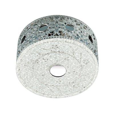 Novotech PASTEL 357304 Светильник встраиваемыйКруглые LED<br>Встраиваемый светодиодный светильник со встроенным драйвером модели Novotech 357304 из серии PASTEL отличается следующим качеством: Корпус светильника сделан из металла. Это популярный и востребованный материал благодаря ряду качеств. К ним относится: повышенная прочность, износостойкость и долговечность. Любому интерьеру он придаст солидности и завершенности, поможет расставить акценты. Декоративный плафон - стекло. Стекло экологично,  не тускнеет и не меняет своего оттенка со временем, не покрывается некрасивым налетом и легко выдерживает перепады температур.<br><br>Цветовая t, К: 3000<br>Тип лампы: LED<br>Тип цоколя: LED<br>MAX мощность ламп, Вт: 4<br>Диаметр, мм мм: 100<br>Высота, мм: 60<br>Цвет арматуры: серебристый