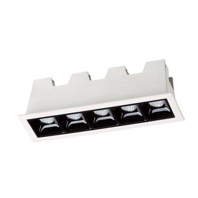 Встраиваемый светильник Novotech 357621 ANTEYОжидается<br><br><br>Цветовая t, К: 3000K<br>Ширина, мм: 45<br>Диаметр врезного отверстия, мм: 138*40<br>Оттенок (цвет): белый/черный<br>MAX мощность ламп, Вт: 10W