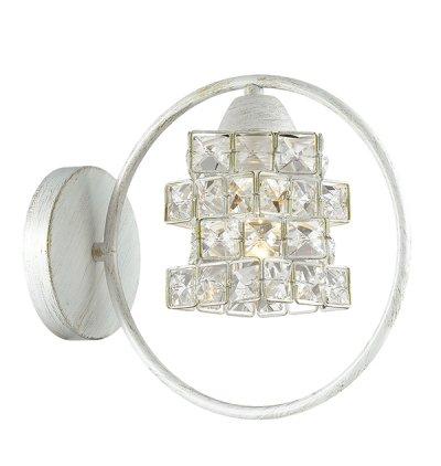 Светильник бра Odeon light 3104/1W LUSSAХрустальные<br>Отличный вариант домашнего освещения Odeon light Бра 3104/1W серии LUSSA оформлена в классическом стиле. Светильник состоит из роскошного хрустального плафона и оригинальной белой с золотой патиной арматуры. Эта шикарная модель подарит Вам незабываемые ощущения восточной нежности Цоколь E27. Мощность 1*40W. Нет ламп в комплекте.<br><br>Тип цоколя: E27<br>Количество ламп: 1<br>Ширина, мм: 250<br>MAX мощность ламп, Вт: 40<br>Длина, мм: 250<br>Высота, мм: 225<br>Цвет арматуры: белый с золотистой патиной