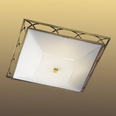 Светильник Сонекс 2261 бронза VillaКвадратные<br>Настенно потолочный светильник Сонекс (Sonex) 2261  подходит как для установки в вертикальном положении - на стены, так и для установки в горизонтальном - на потолок. Для установки настенно потолочных светильников на натяжной потолок необходимо использовать светодиодные лампы LED, которые экономнее ламп Ильича (накаливания) в 10 раз, выделяют мало тепла и не дадут расплавиться Вашему потолку.<br><br>S освещ. до, м2: 8<br>Тип лампы: накаливания / энергосбережения / LED-светодиодная<br>Тип цоколя: E27<br>Количество ламп: 2<br>Ширина, мм: 355<br>MAX мощность ламп, Вт: 60<br>Высота, мм: 355<br>Цвет арматуры: бронзовый