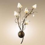 Настенный светильник в стиле флористика